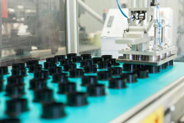stampaggio-di-materie-plastiche