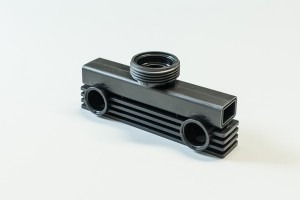 stampaggio-di-materie-plastiche-01